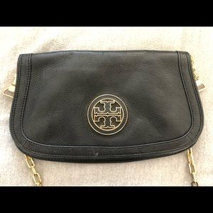 Tory Burch crossbody like new!